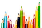 verschillende gekleurde potloden
